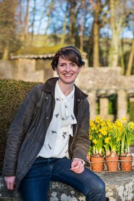 wpid17022-Garden-Designer-Katie-Rushworth-GKAT006-nicola-stocken.jpg