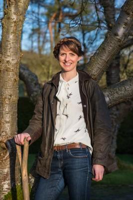 wpid17028-Garden-Designer-Katie-Rushworth-GKAT022-nicola-stocken.jpg