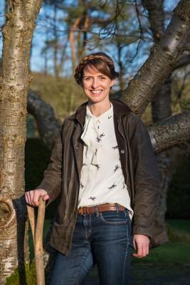 wpid17030-Garden-Designer-Katie-Rushworth-GKAT023-nicola-stocken.jpg