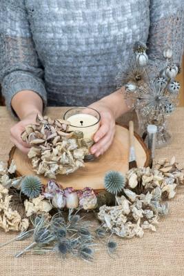 wpid17685-Christmas-Table-Decoration-QCRA181-nicola-stocken.jpg