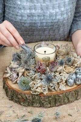 wpid17703-Christmas-Table-Decoration-QCRA192-nicola-stocken.jpg
