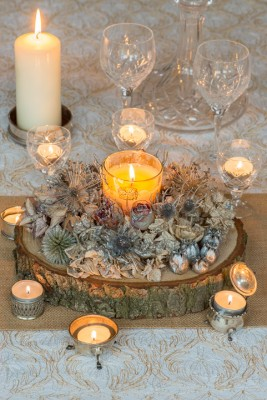 wpid17707-Christmas-Table-Decoration-QCRA195-nicola-stocken.jpg