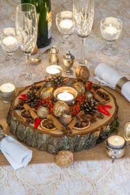 wpid17737-Christmas-Table-Decoration-QCRA211-nicola-stocken.jpg