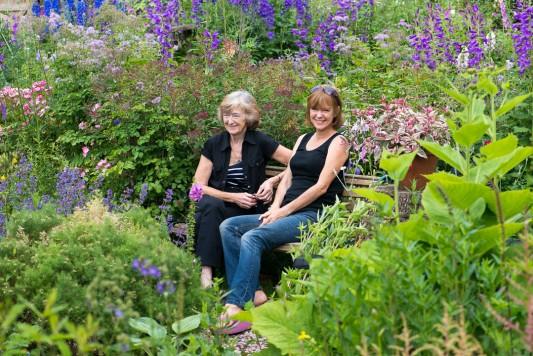 wpid18726-Midsummer-Cottage-Garden-GHGH002-nicola-stocken.jpg