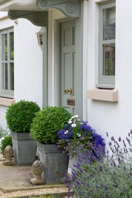 wpid18734-Ordnance-House-in-August-GORD100-nicola-stocken.jpg