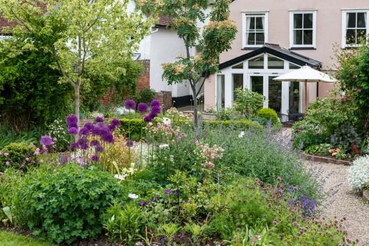 wpid19514-Village-Garden-in-June-GORH006-nicola-stocken.jpg