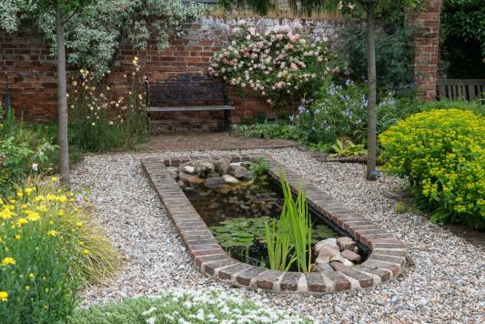 wpid19540-Village-Garden-in-June-GORH033-nicola-stocken.jpg