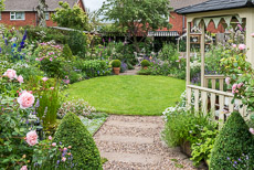 Thumbnail image for Elaine's Garden in July